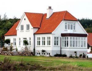 Energi-neutralt vindue med ægte, tynde sprosser og kitfals